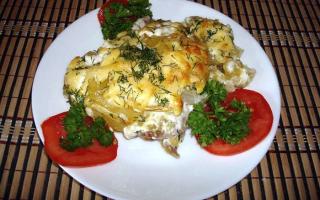 Запеченная картошка с мясом в мультиварке
