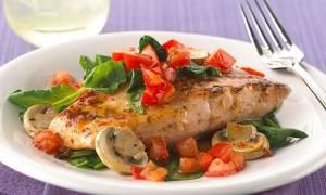 Как тушить рыбу в духовке