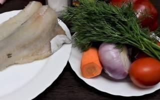 Как запечь минтай в духовке с овощами