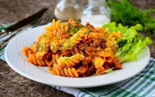 Как приготовить макароны с фаршем на сковороде