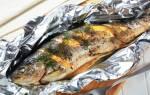 Как запечь рыбу в духовке целиком