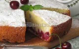 Пирог с вишней в мультиварке