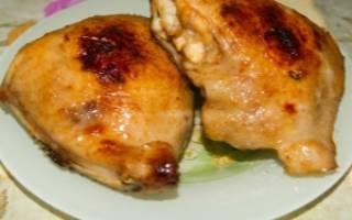 Как потушить куриные бедра